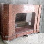 Каминный портал из мрамора под кирпич