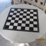 Столешница из мрамора с шахматной доской