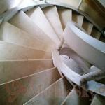 Винтовая лестница из мрамора, гранита